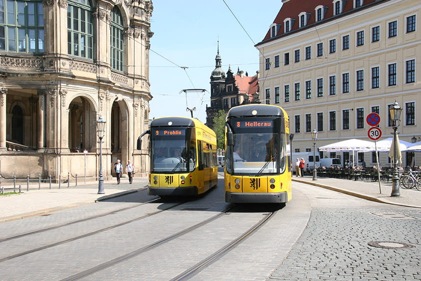 Two trams in front of the Zwinger and Taschenbergpalais