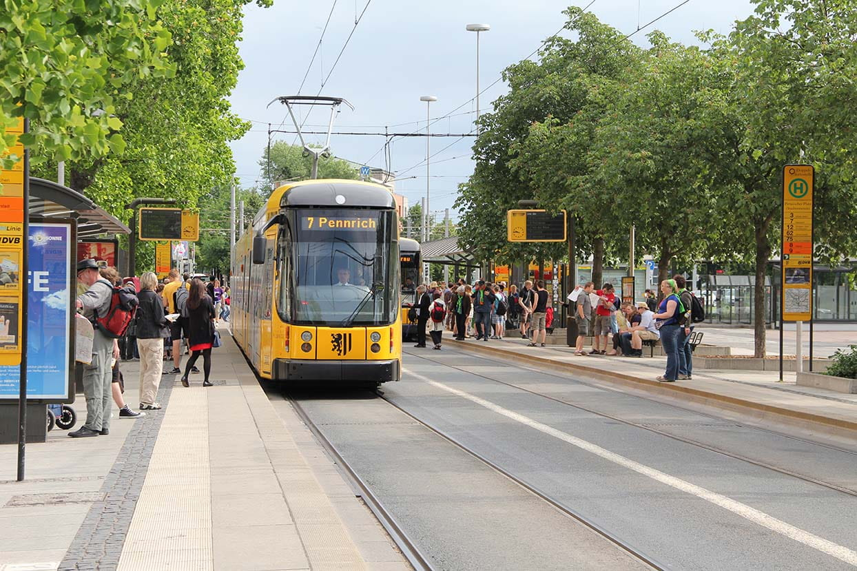 Tram at a Pirnaischer Platz stop
